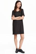 robe t shirt gris fonc femme h m fr. Black Bedroom Furniture Sets. Home Design Ideas