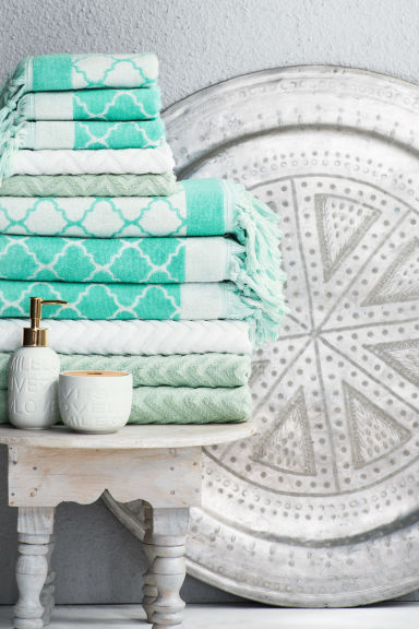 Jacquard-weave bath towel - Turquoise - Home All | H&M GB 1