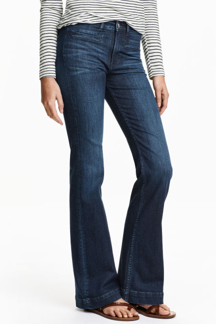 Create your own style with iTailor! Choose your own custom jeans design, colour and trimming. Buy your own tailored jeans today at iTailor!