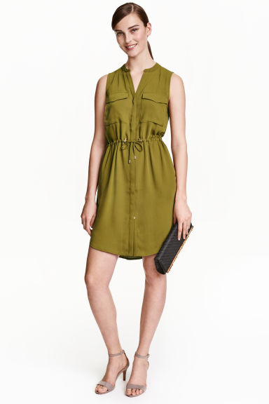 Sleeveless shirt dress - Olive green - Ladies | H&M CN 1