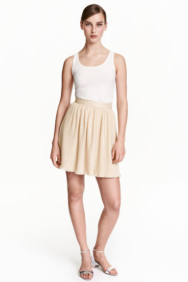 Pleated chiffon skirt - Light beige - Ladies | H&M IE 1