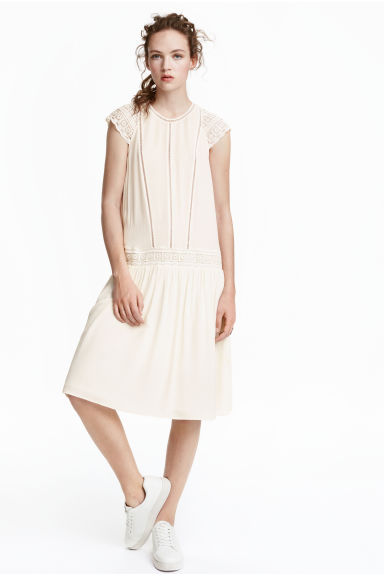 Viscose dress - Natural white - Ladies | H&M CN 1