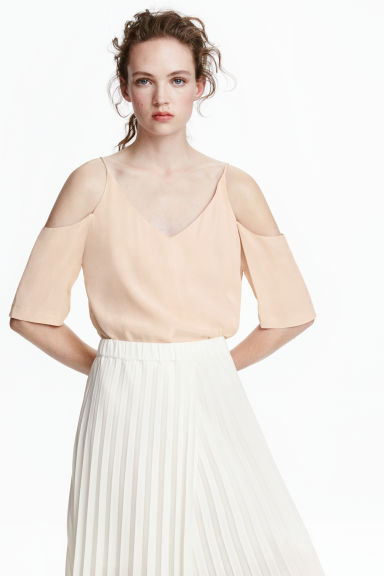 Cold shoulder blouse - Light beige - Ladies | H&M CN 1