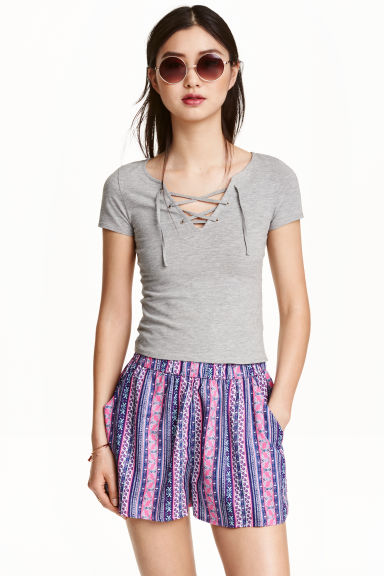 Patterned shorts - Purple/Patterned - Ladies | H&M CN 1