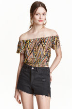 Off-the-shoulder crop top - Orange/Patterned - Ladies | H&M CN 1