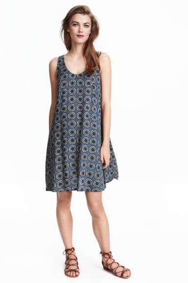 Wide dress - Dark blue/Patterned -  | H&M CN 1