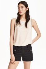 Sleeveless top - Natural white - Ladies | H&M CN 1
