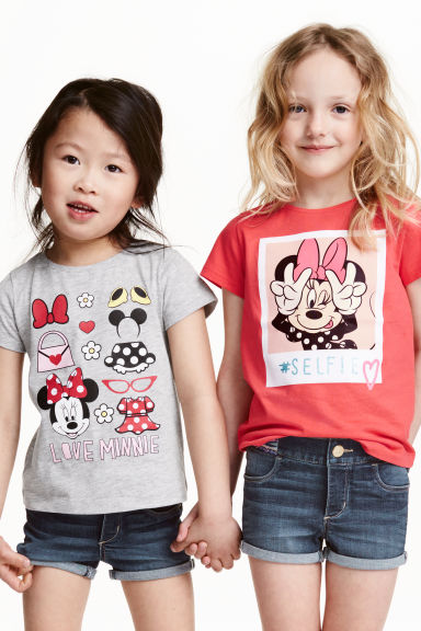 2-pack printed jersey tops - Grey/Minnie Mouse - Kids | H&M CN