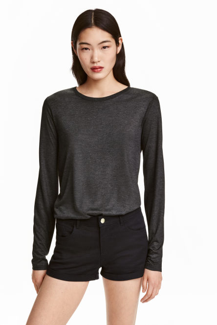 Long-sleeved lyocell top