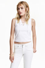 Crop vest top with lacing - White - Ladies | H&M CN 1