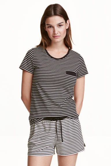 Pyjamas with top and shorts - Black/Striped - Ladies | H&M CN