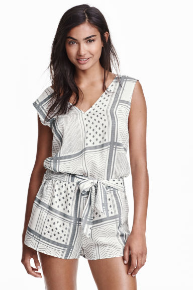 V-neck playsuit - White/Black patterned - Ladies | H&M CN 1