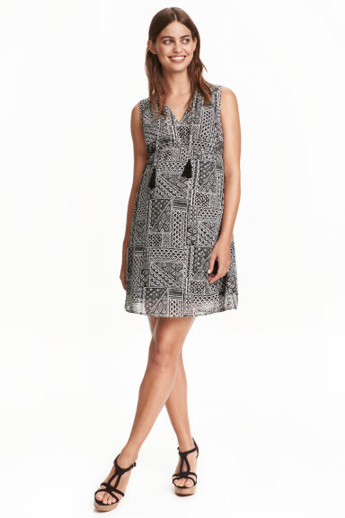 MAMA Patterned dress - Black/White - Ladies | H&M CN 1