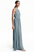 Chiffon maxi dress with lace - Dusky blue - Ladies | H&M CN 1