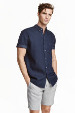 Short-sleeved shirt - Dark denim blue - Men | H&M CN 1