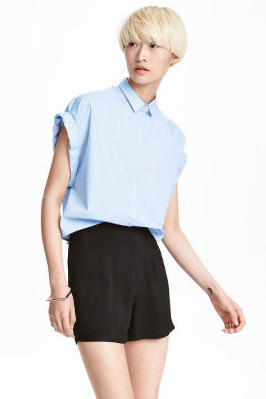 Short cotton shirt - Light blue - Ladies | H&M CN 1