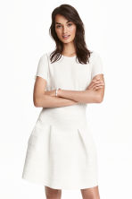 Textured skirt - White - Ladies | H&M CN 1