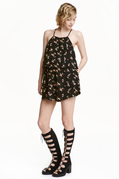 Crinkled playsuit - Black/Small floral - Ladies | H&M CN 1