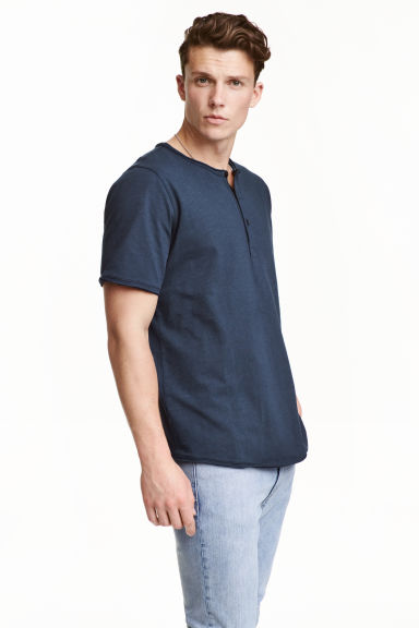 Short-sleeved Henley shirt - Dark blue - Men | H&M CN 1