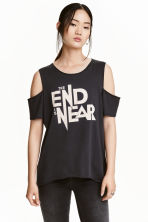 Cold shoulder T-shirt - Black - Ladies | H&M CN 1
