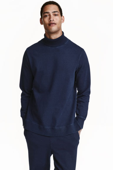 Polo-neck sweatshirt Model