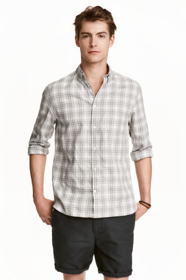 Patterned shirt Model