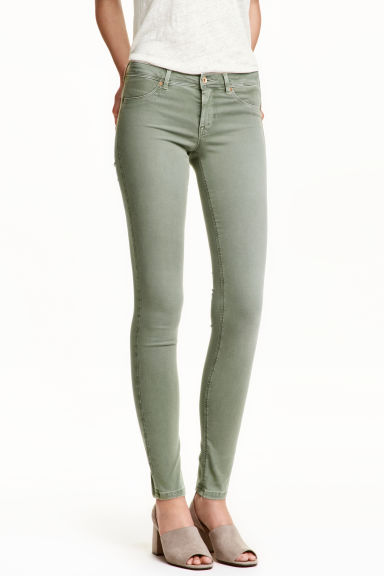 Feather Soft Low Jeggings Model