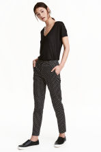 Cigarette trousers - Black/Spotted - Ladies | H&M GB 1
