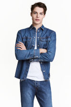 Denim shirt - Denim blue - Men | H&M CN 1