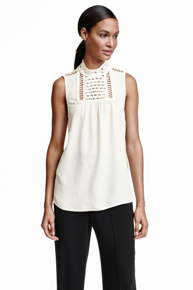 Blouse with macramé details - Natural white - Ladies | H&M CN 1