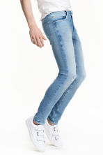 360° Tech Stretch Skinny Jeans - Light denim blue - Men | H&M CA 3