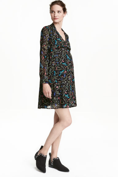 MAMA Patterned dress - Black/Floral - Ladies | H&M CN 1