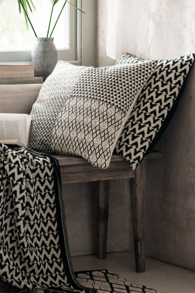 Jacquard-weave cushion cover - Anthracite grey/Natural white - Home All | H&M CN 1