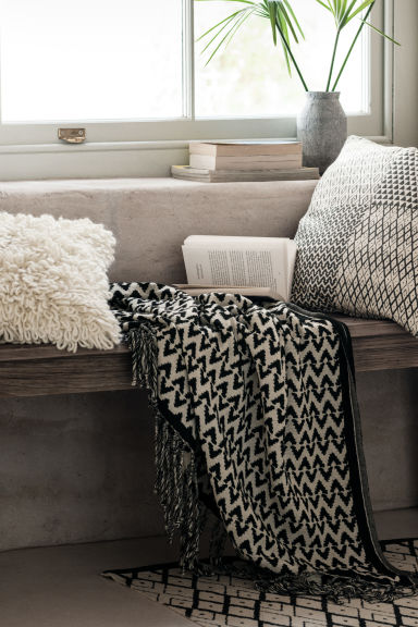 Plaid in tessuto jacquard - Antracite/bianco naturale - HOME | H&M IT 1