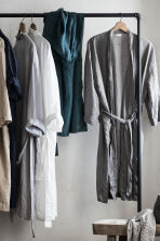 Washed linen dressing gown - Light grey - Home All | H&M CN 1