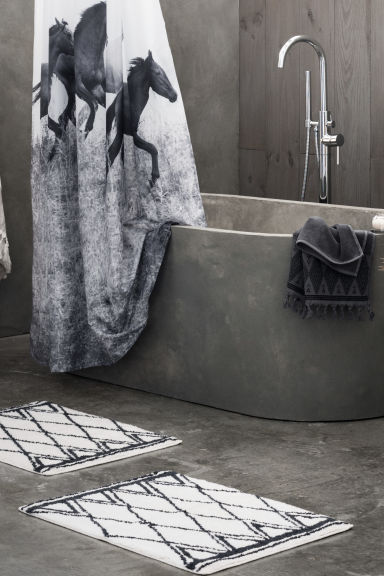 Hand towel with embroidery - Dark grey - Home All | H&M CN 1