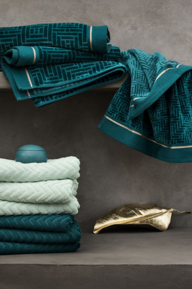 Jacquard-weave towel - Petrol - Home All | H&M IE 1