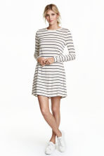 Long-sleeved jersey dress - White/Striped - Ladies | H&M CN 1