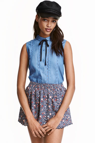 Sleeveless blouse - Blue - Ladies | H&M CN