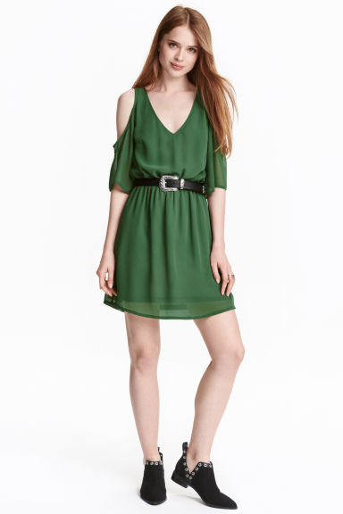 Cold shoulder dress - Emerald green - Ladies | H&M CN 1