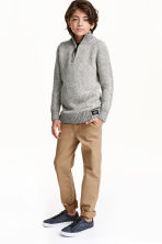 Slim fit Chinos - Dark beige - Kids | H&M CN 1