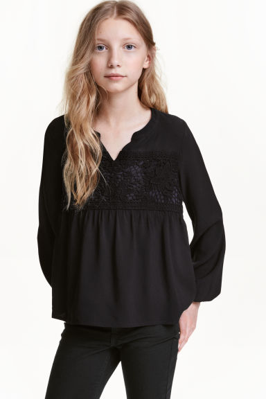 Blouse with lace - Black - Kids | H&M CN 1