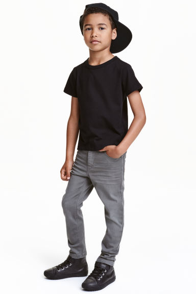 Stretch trousers Model