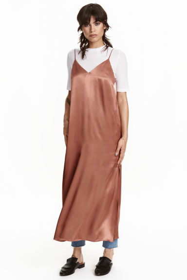 Long satin dress - Rust - Ladies | H&M CN
