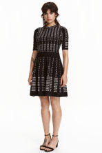 Jacquard-knit dress - Black/White/Patterned - Ladies | H&M CN 1