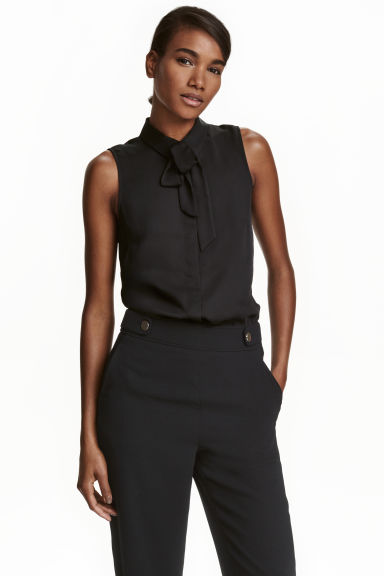 Blouse with a tie - Black - Ladies | H&M CN