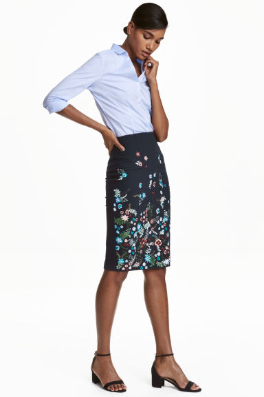 Gonna a tubino - Blu scuro/fiori -  | H&M IT