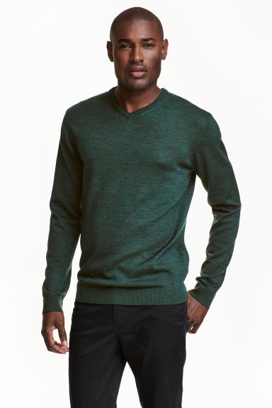 V-neck merino wool jumper - Dark green marl - Men | H&M CN 1