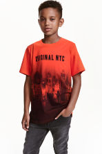 Printed T-shirt - Red/New York - Kids | H&M CN 1
