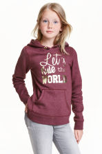 Hooded top with a motif - Burgundy - Kids | H&M CN 1